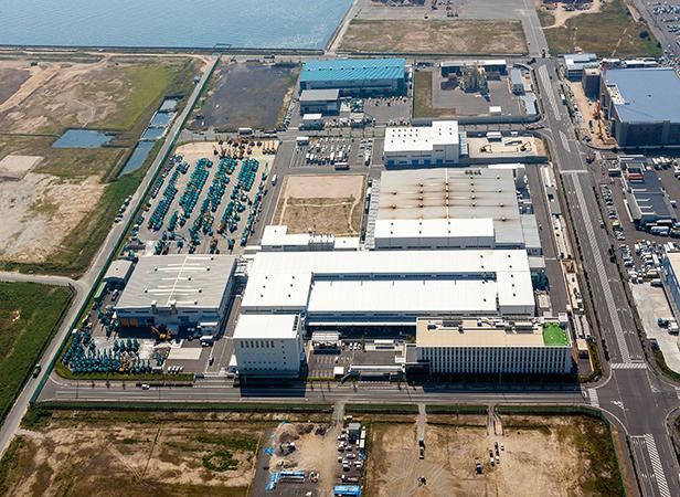 About Kobelco - Kobelco Construction Machinery Europe B V